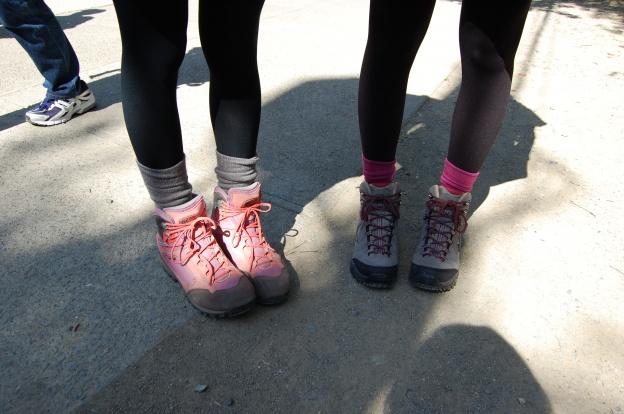 山ガール登山靴