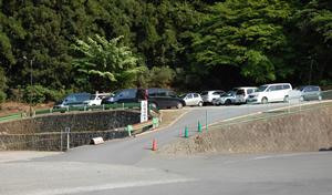 高尾山薬王院祈祷殿駐車場