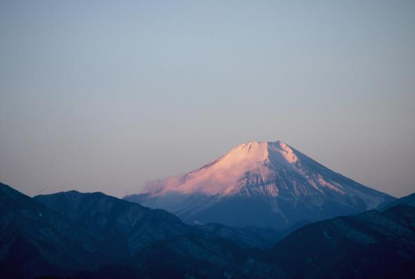 高尾山と富士山