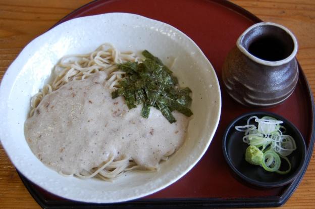 栄茶屋の自然薯そば