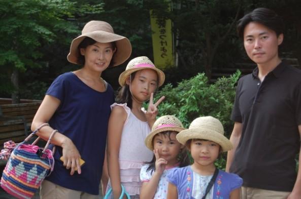 麦わら帽子三姉妹