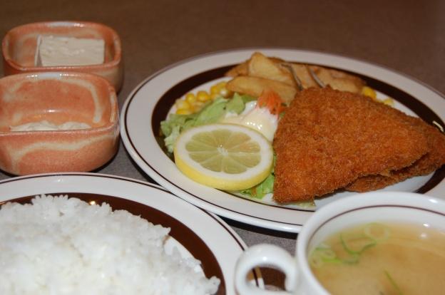 レストランバー多花美のアジフライ定食(ランチタイム)